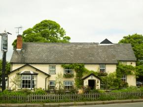 Picture of the front of The Cricketers